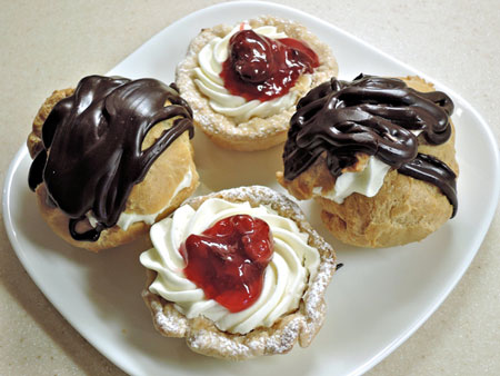 creamy chocolate cream puffs