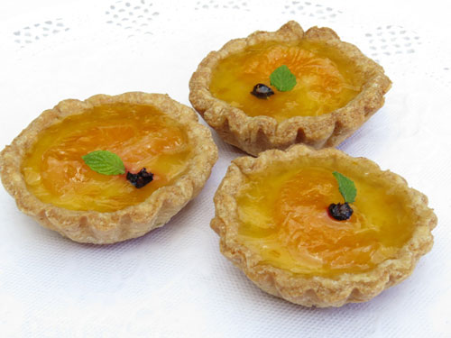 miniature custard tarts